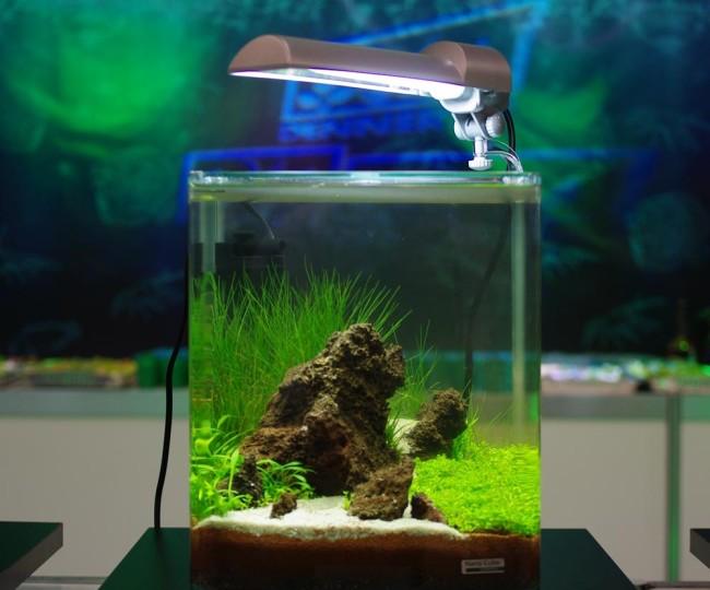 Лампа для нано аквариума.