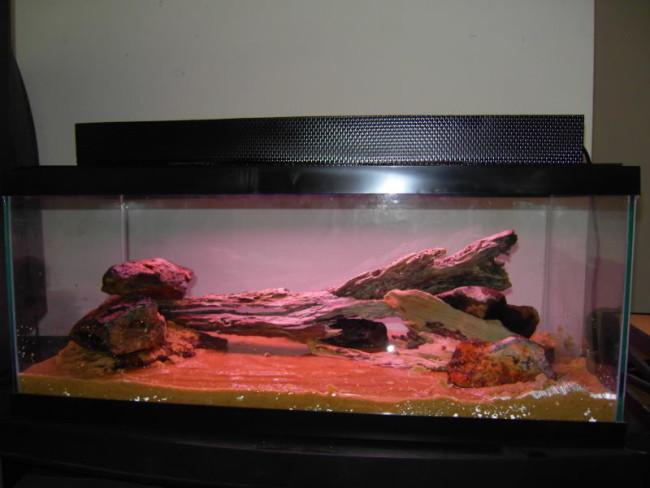 Готовая крышка для аквариума.